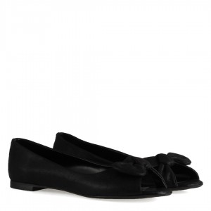 Babet Ayakkabı Siyah Yaldızlı Burnu Açık