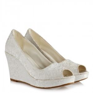 Düğün Ayakkabısı 15 Pont Dolgu Topuk Sedef Ön Açık