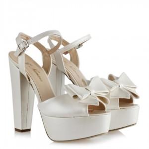 Nikah Ayakkabısı Kırık Beyaz Fiyonklu