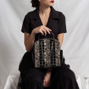 Kadın Çanta Yılan Desenli Trok Zincirli