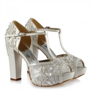 Gelin Ayakkabısı Kırık Beyaz Çiçek Tasarım