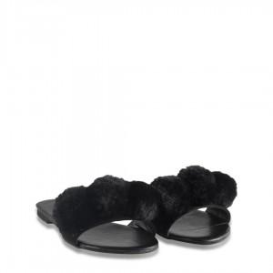 Bayan Terlik Siyah Ponpon Kürklü