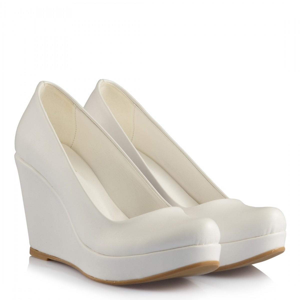 Beyaz Deri 15 Pont Dolgu Topuk Gelinlik Ayakkabısı