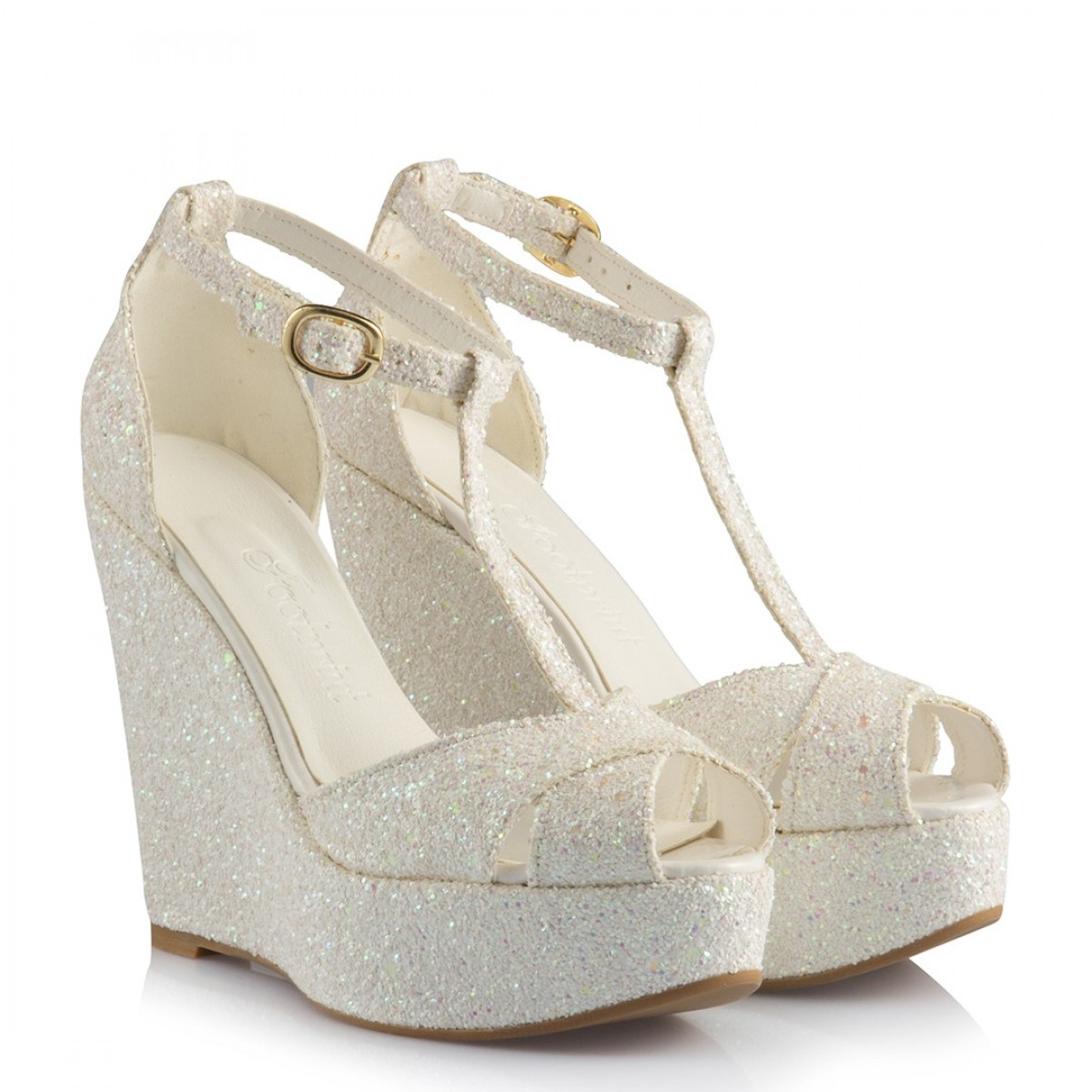 Beyaz Dolgu Topuk Nikah Ayakkabısı