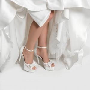 Gelin Ayakkabısı Yüksek Topuk Fiyonklu
