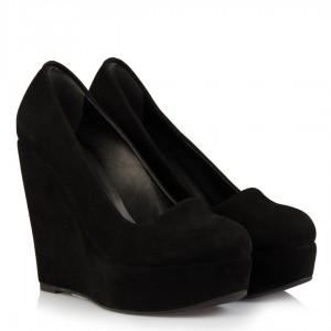 Siyah Dolgu Topuk Bayan Ayakkabı