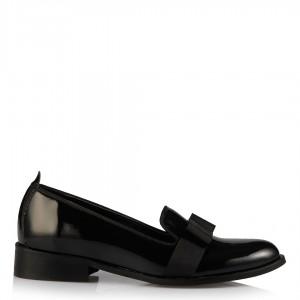 Siyah Rugan Fiyonklu Bayan Ayakkabı