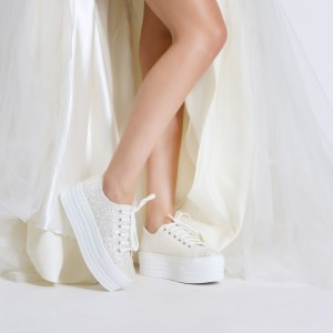 Spor Gelin Ayakkabı İnci Beyaz Cam Kırığı