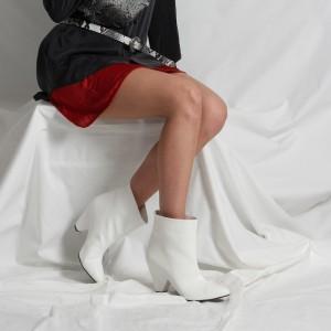 Topuklu Bot Sivri Burun Beyaz