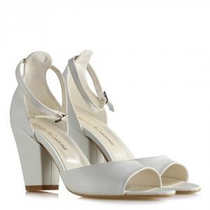 Gelinlik Ayakkabısı Kalın Topuklu Kemerli Beyaz Mat