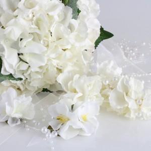 Gelin Buketi Tacı Yaka Çiçeği Küpe Seti  Beyaz Ortanca