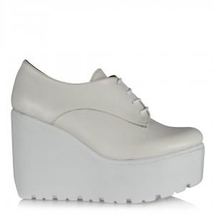 Beyaz Dolgu Topuk Ayakkabı