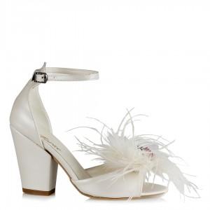Gelin Ayakkabısı Tüylü Çiçek İncili