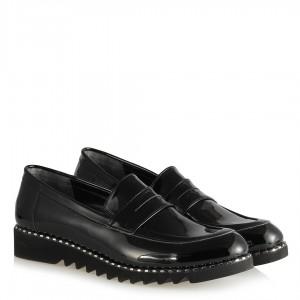 Siyah Rugan Ayakkabı Zımbalı