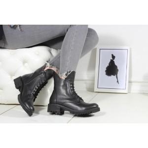 Postal Kadın Bot Siyah Renk