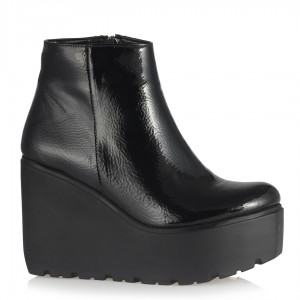 Siyah Kırışık Rugan Dolgu Topuk Bot
