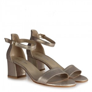 Az Topuklu Ayakkabı Dore Yaldızlı
