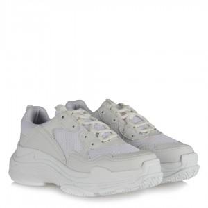 Beyaz Bağcıklı Bayan Spor Ayakkabı