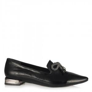 Loafer Siyah Kırışık Metalik Fiyonklu Düz Ayakkabı