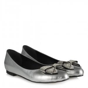 Gümüş Rengi Babet Ayakkabı Fiyonk Taşlı