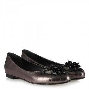 Platin Rengi Taşlı Tokalı Babet Ayakkabı