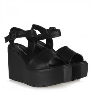 Dolgu Topuk Ayakkabı Sandalet Siyah