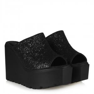 Siyah Cam Kırığı Terlik Dolgu Topuk