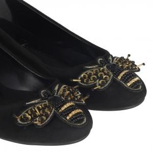 Babet Ayakkabı Arı Tokalı Pullu İşleme