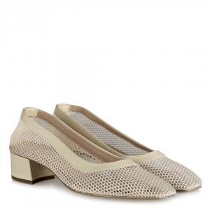 Bej Fileli Az Topuklu Ayakkabı