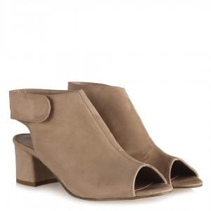 Bej Süet Topuklu Yazlık Sandalet