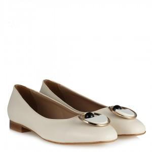 Tokalı Babet Ayakkabı Krem Rengi