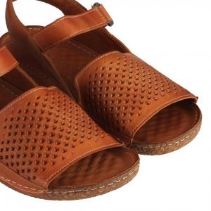 Taba Rengi Delikli Hakiki Deri Sandalet