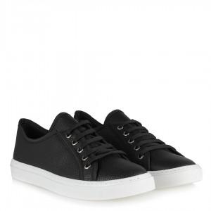 Siyah Bağcıklı Düz Model Spor Ayakkabı
