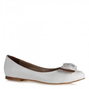 Babet Ayakkabı Beyaz Tokalı