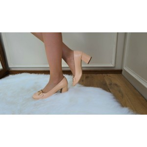 Ten Rengi Topuklu Ayakkabı Dore Tokalı