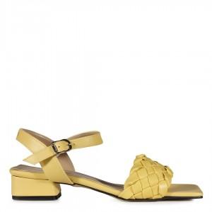 Az Topuklu Örgü Sandalet Sarı Renk