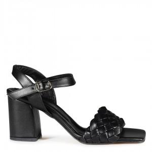 Siyah Topuklu Sandalet Örgü