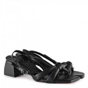 Siyah Kemerli Sandalet Modeli