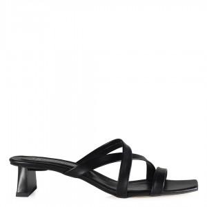 Topuklu Terlik Çapraz Bantlı Siyah