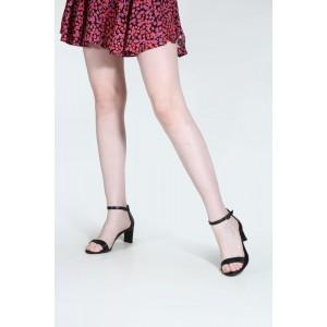 Siyah Topuklu Sandalet Tek Bantlı