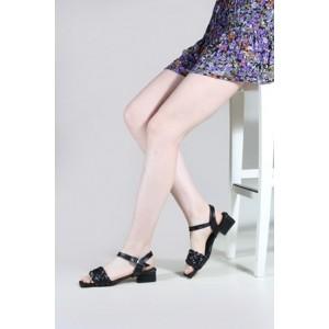 Siyah Az Topuklu Sandalet