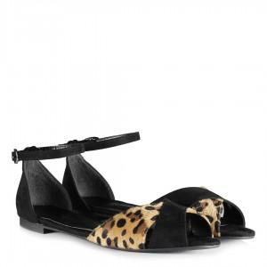 Siyah Leopar Detaylı Kemerli Sandalet