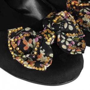 Babet Ayakkabı Çiçek Bahçesi