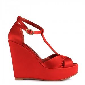 Kırmızı Saten Çapraz Dolgu Topuk Ayakkabı