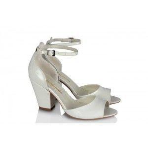 Nikah Ayakkabısı Kemerli Beyaz Rugan