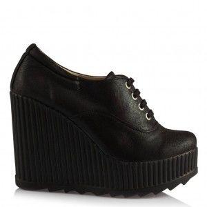 Dolgu Topuk Siyah Yaldızlı Ayakkabı
