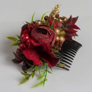 Red Boutique  Hair clip