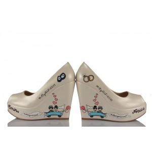 Arabalı Gelin Damat Tasarım Gelinlik Ayakkabısı