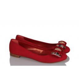 Babet Kırmızı Renkli Tokalı