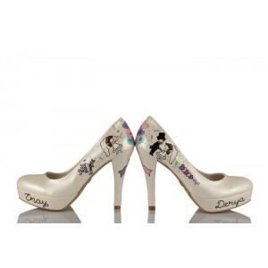 Çiçek Atan Gelin Tasarımlı Gelinlik Ayakkabısı